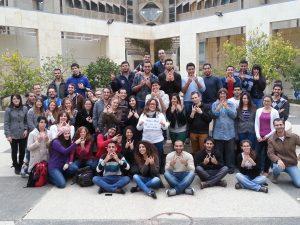 סטודנטים בסיום קורס ויקי-רפואה באוניברסיטת תל אביב. צלמת שני אבנשטיין ברישיון Cc-by-sa-3.0